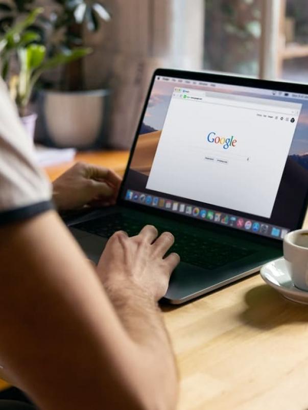 Essere primi su Google gratis? Sì, con la SEO.